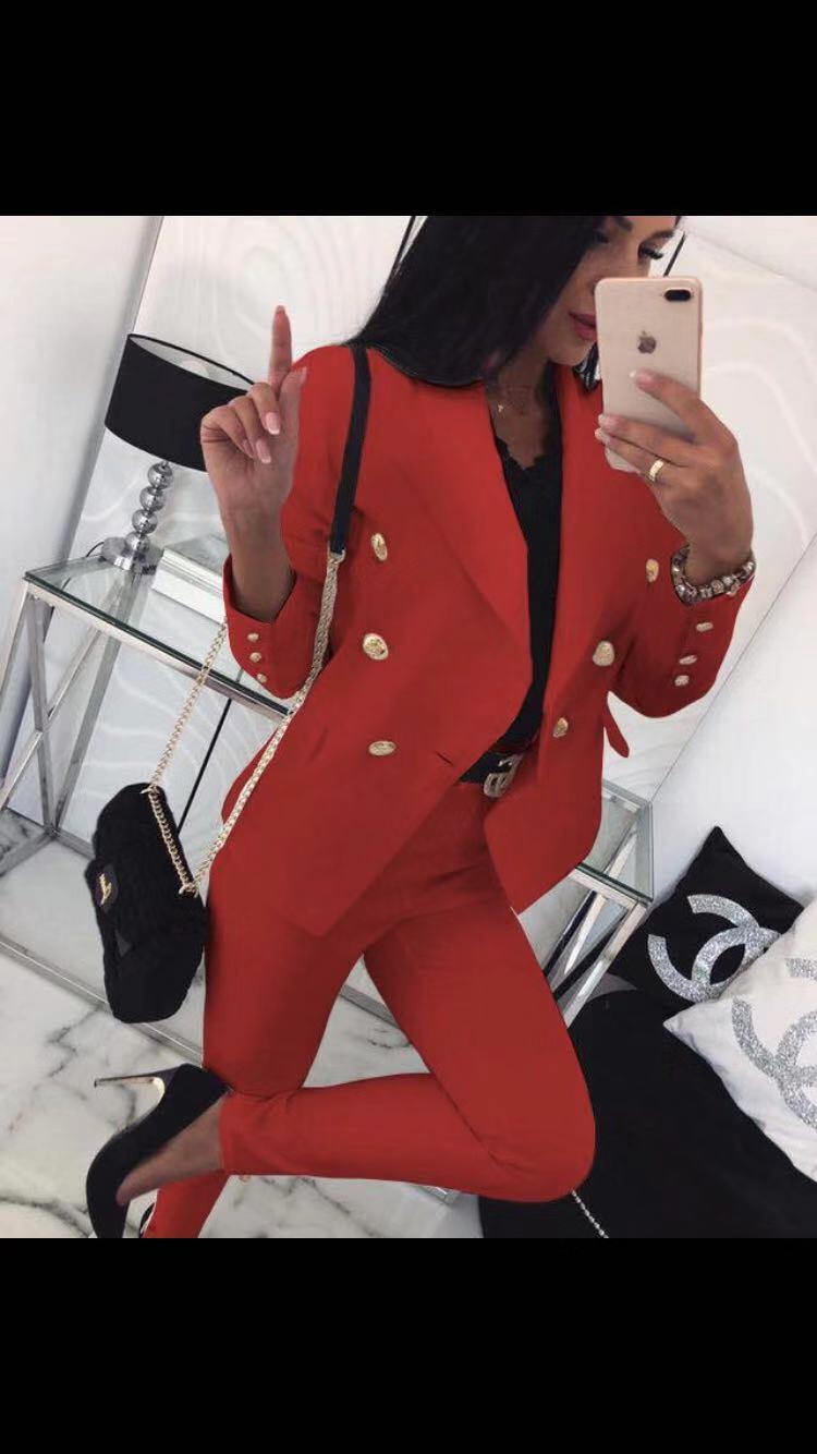 Completo giacca e pantalone