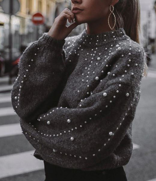 Maglione grigio con perle